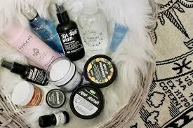Rekomendasi-Skincare-Favorit-Perempuan-Indonesia